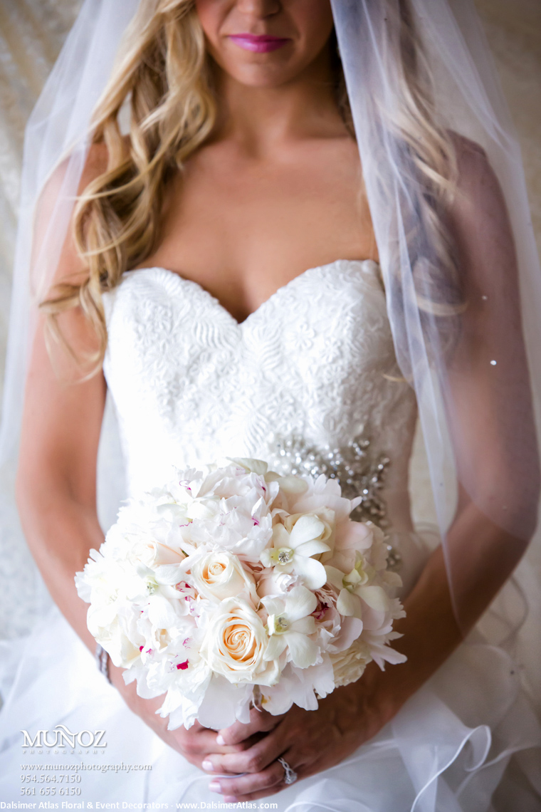 Bridal Bouquet White Ivory