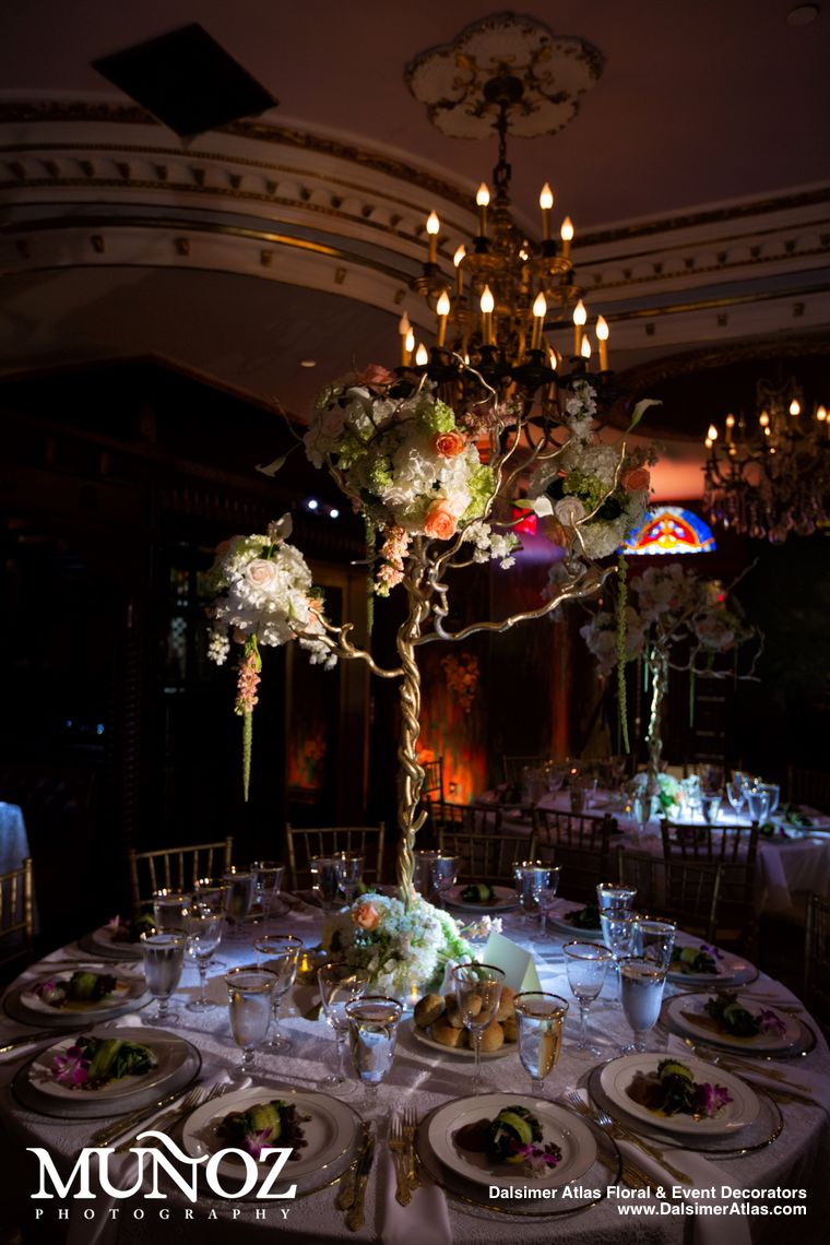 wedding-florist-flowers-decorations-cruz-building-coconut-grove-florida-dalsimer-atlas-10