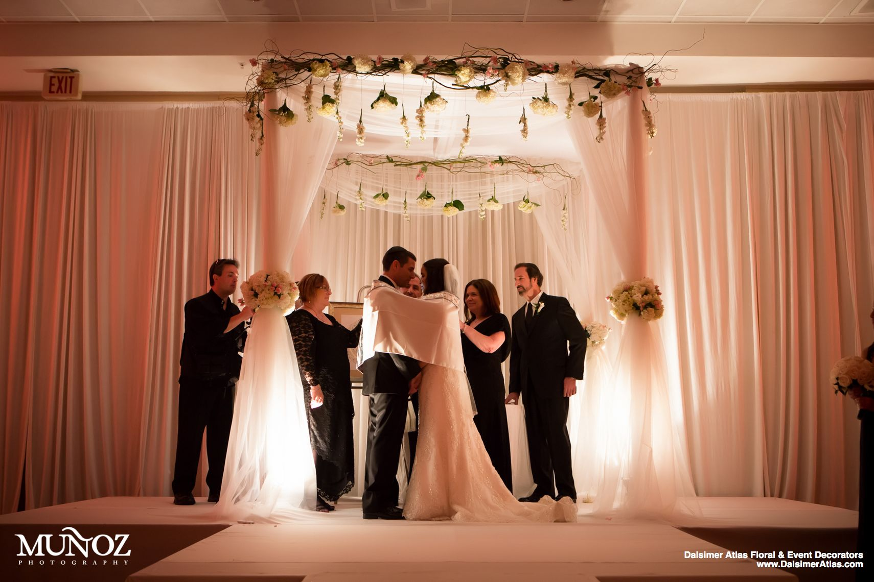 wedding-florist-flowers-decorations-wedding-hilton-fort-lauderdale-marina-florida-dalsimer-atlas-13